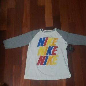 Vintage Nike 3/4 sleeve T shirt sz L